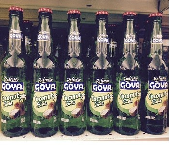 Refresco Goya Coconut Soda (12 fl oz)